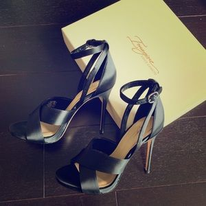 NWT Imagine by Vince Camuto Black Satin Heels